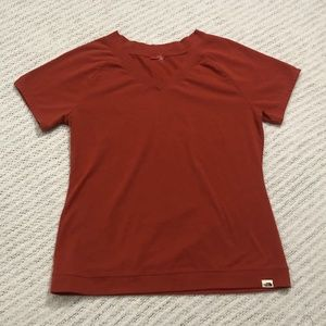 The North Face Women's Earth Red Short Sleeve Tee
